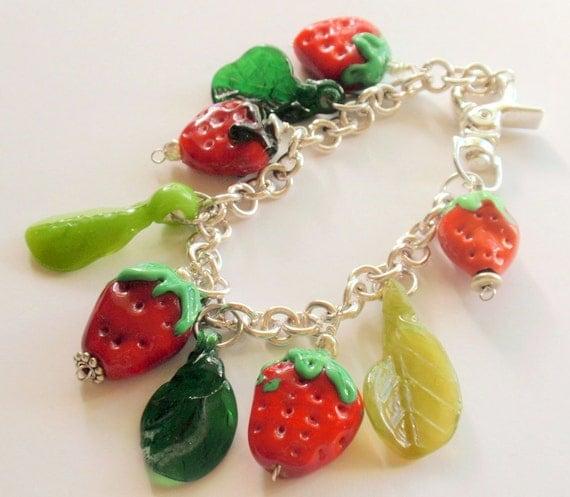 Glass Lampwork Bead Berry Bracelet