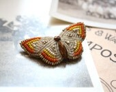 1940's beaded BUTTERFLY pin