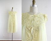 Pale Yellow Vintage Night Dress . Lingerie . Night Gown . 60s