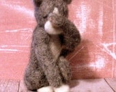 Scared Kitty- OOAK Needle Felted 3.5 in tall