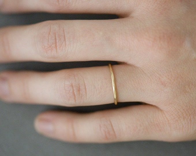 Single 14K Goldfill Hammered Stacking Ring