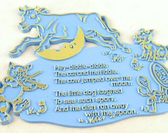 Rare BLUE Plastic Nursery Rhyme Plaque - Hey-Diddle-Diddle