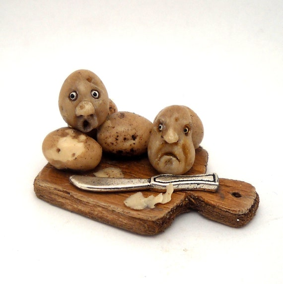1/12TH scale - fairy witch wizard kitchen accessories -  potatoes with face on board BY LORY