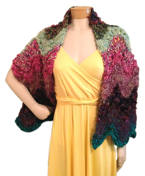 Scraplet Skeins Feather-and-Fan Wrap PDF pattern from Knittique