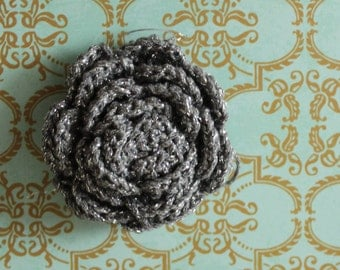 2 pcs Dark Gray Crochet Flower Appliques with Silver Glitter Thread - 3D Ruffled Rose for Brooch