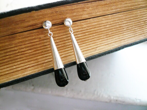 Black and Silver Earrings - Long Teardrop Earrings - Dainty Victorian Inspired Sterling Silver Cone and Black Glass Drop Earrings