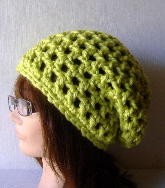 Slouch Beanie Hat in Apple Green