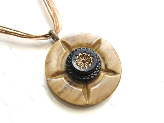 FREE SHIPPING Vintage Button Pendant Cream Recycled Tan and Black Starburst Vintage Button Jewelry