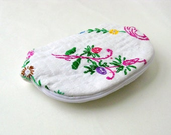 Small pouch vintage recycled embroidered cloth