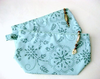 Pouch cosmetic travel zippered wash bag