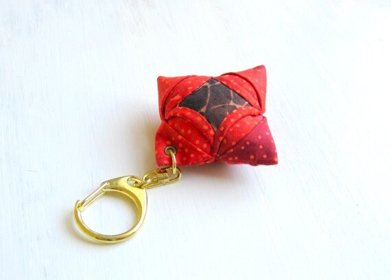 Keyring burnt red brown origami mini dk