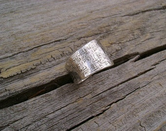 Beautiful Textured Argentium Sterling Silver Ring - Band - Size 6