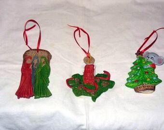 Pre Christmas Sale Set of 3 Ceramic Christmas Ornaments Vintage Look (set 5)