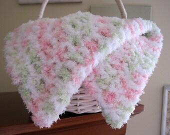 Crochet Baby Blanket, Baby Girl Blanket, Baby Prop Blanket, Basket Liner, Fluffy Baby Blanket, Mini Baby Blanket Crochet, Layering Blanket