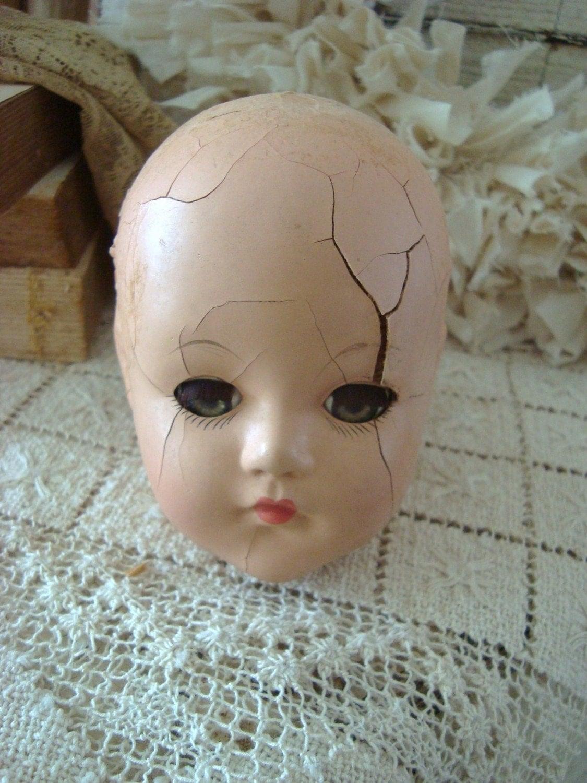 Vintage Cracked Weird Doll Head - 381.9KB