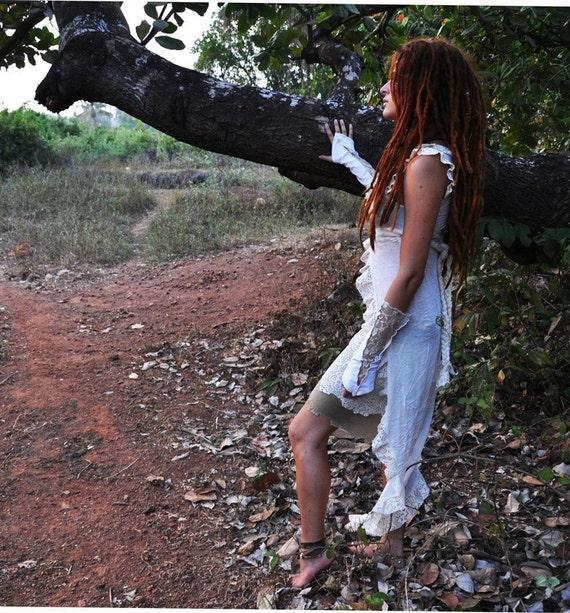 White Cassiopeia Vest in Bamboo - one size