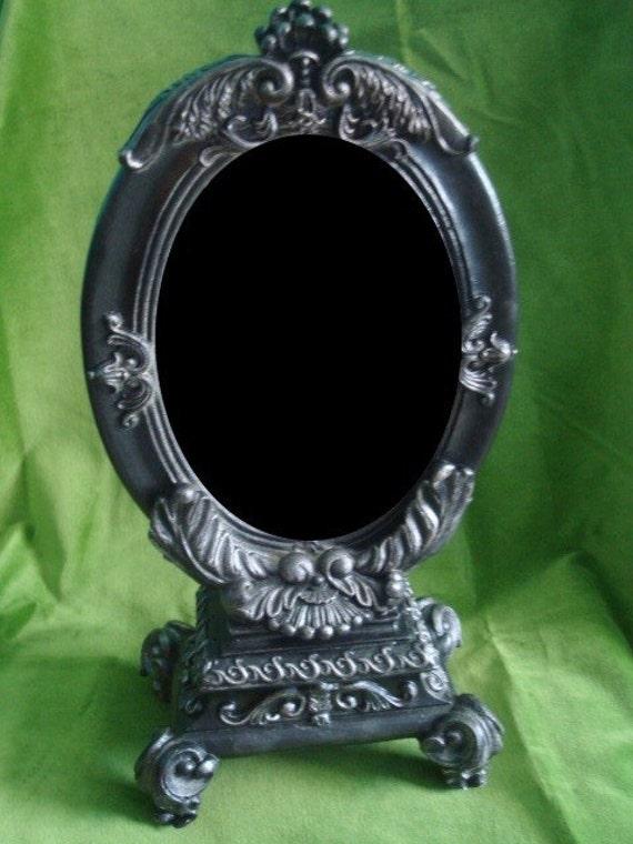 Painted Mirror Frame Design
