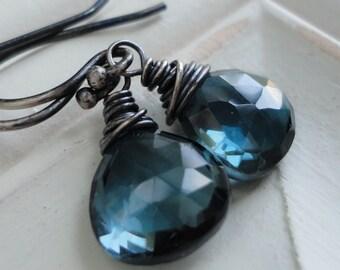 December Birthstone Modern Minimal London Blue Topaz Earrings, Blue Dangle Earring, Gift for sister, mom, aunt, girlfriend, wife
