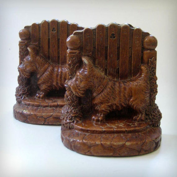 RESERVED for Mary - Scotties. Vintage bookends.
