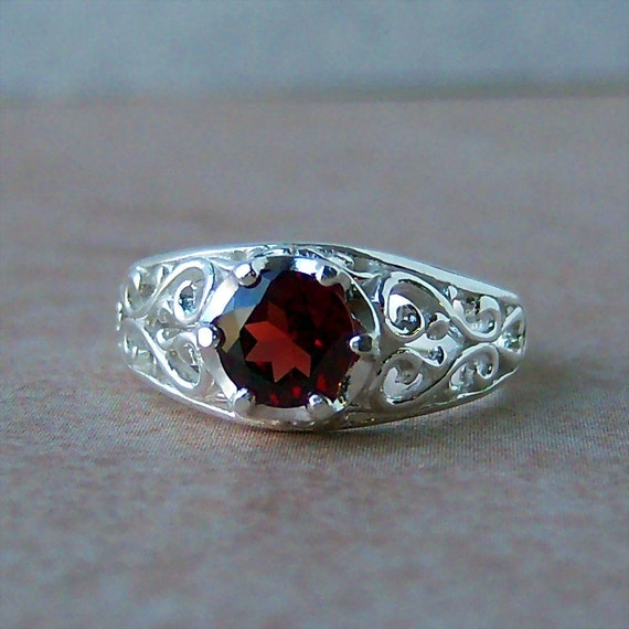 Almandine Garnet Sterling Silver Filigree Ring, Cavalier Creations