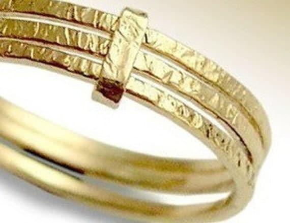 Feeling love - 14K gold filled modern 3 stacking wedding bands.