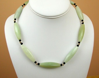 SALE 15% OFF and Free US Shipping. Jade, onyx and gold classic necklace.