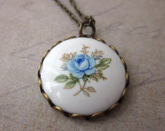 Blue Rose Cabochon in Brass