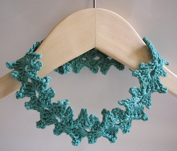 Ivy crochet necklace - pdf pattern