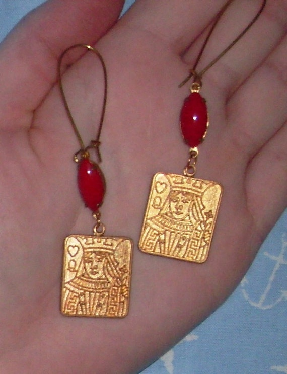 Queen of Hearts Earrings, vintage glass beading