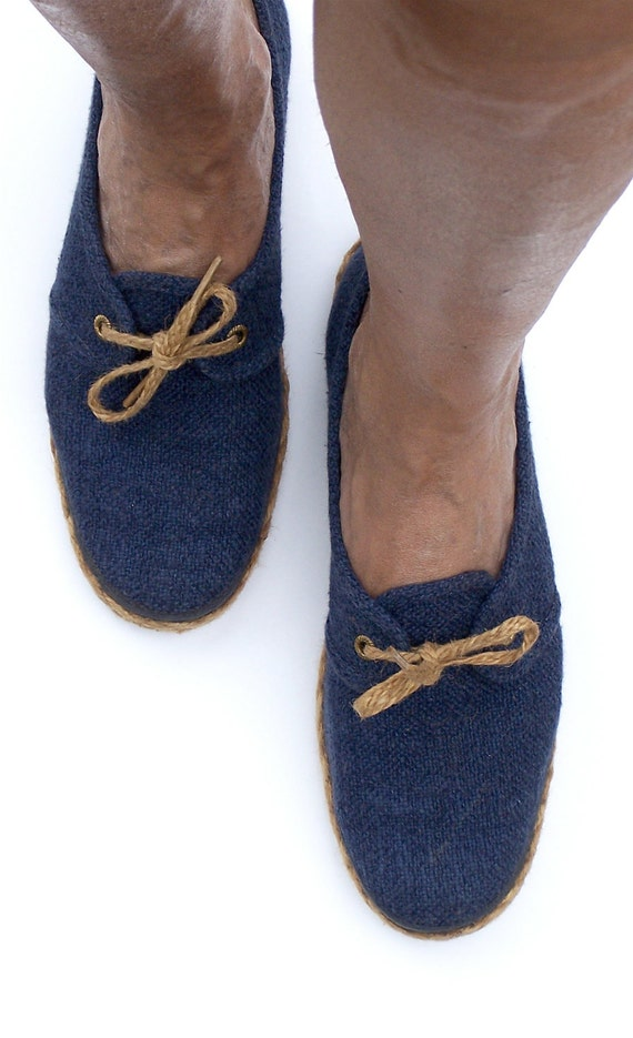 GRASSHOPPERS.....Vintage Navy Casual Shoes
