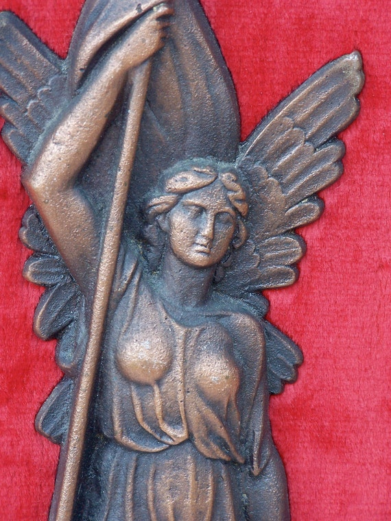 ANGEL FLAG CHAINS wall hanging - wood frame - red plush lining - heavy copper colored piece