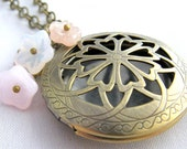 Vintage Locket - Pink Flowers
