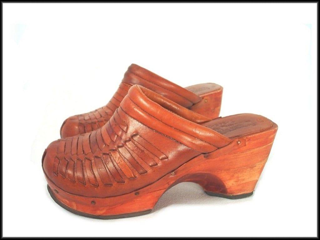 70 S Platform Clogs Vintage Wood Heels Woven Leather Shoes