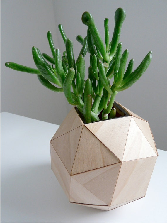 Wooden Geometric Vase, Modern Table Top, Polyhedron Design