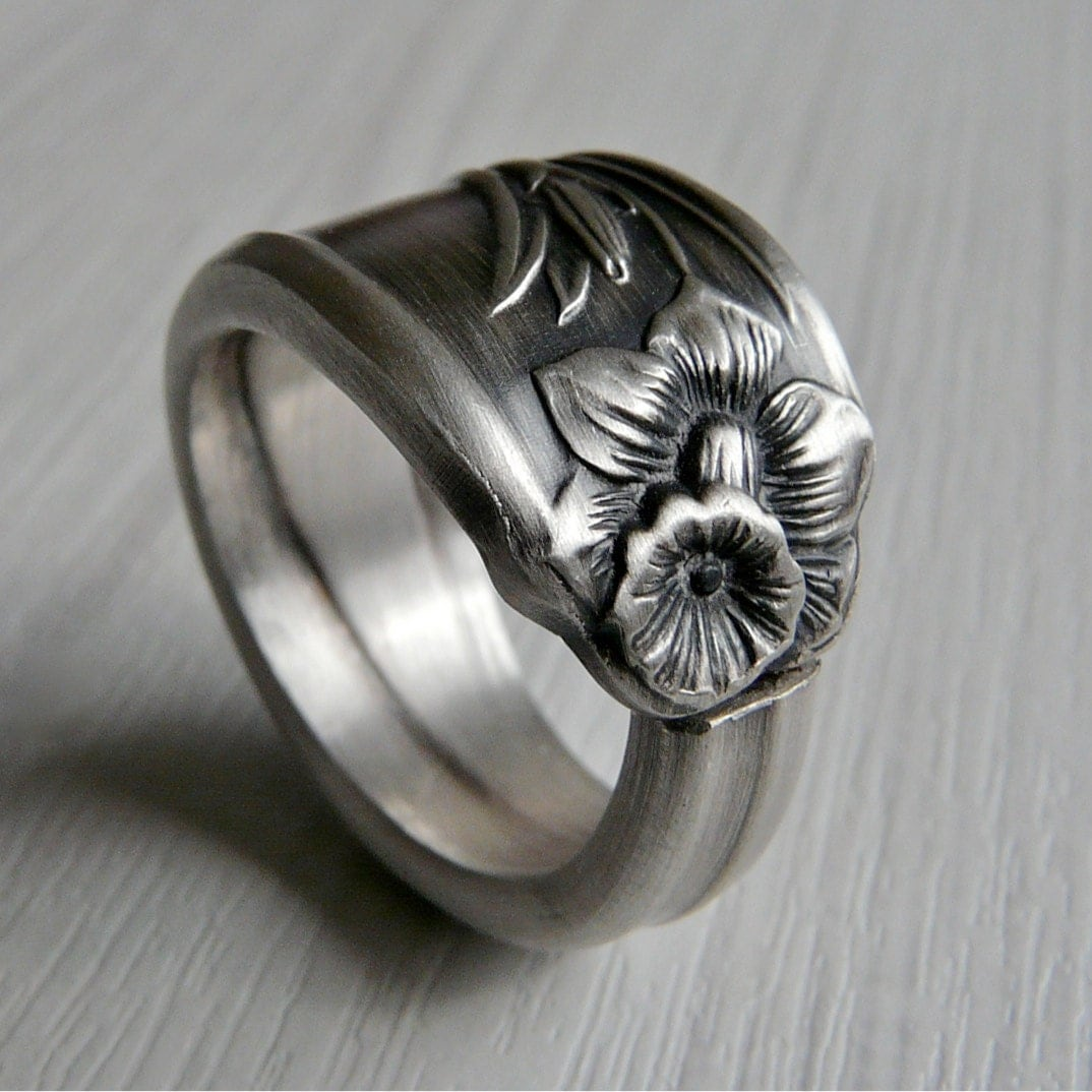 antique silver spoon ring daffodil pattern 1950 by revisions