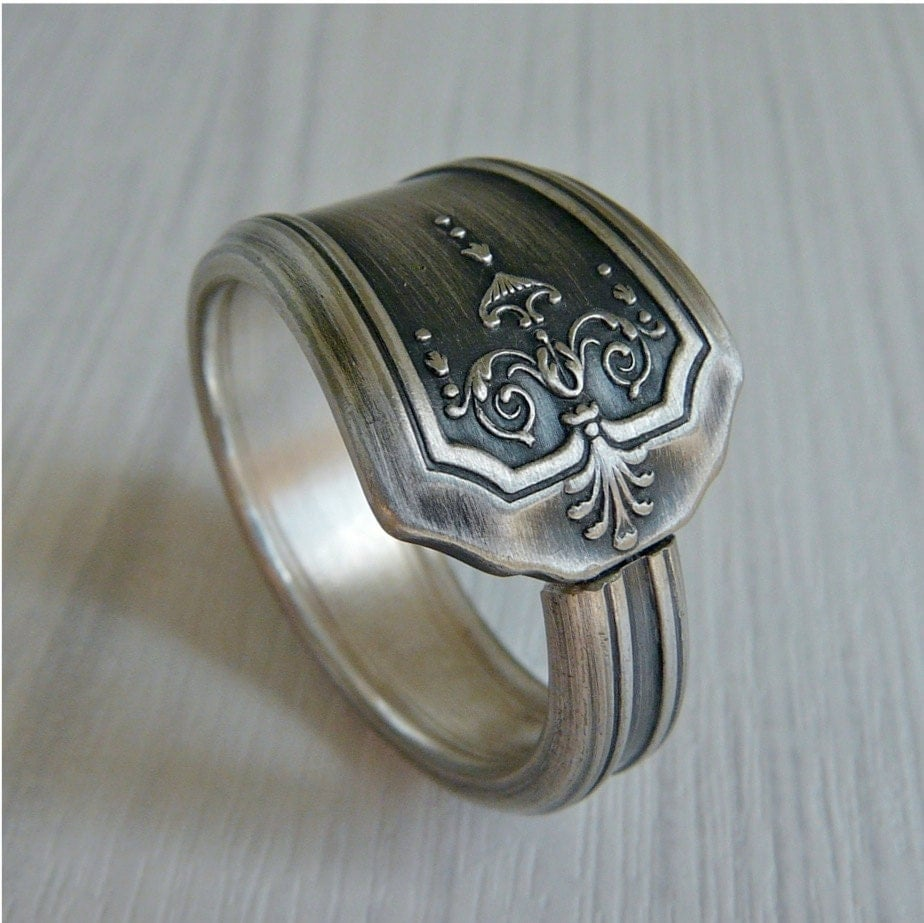 spoon ring antique silver pattern bess 1 by revisions