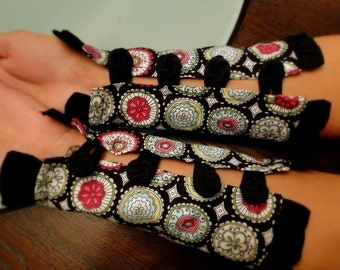 Mandala floral printed black cuffs with looped button closure