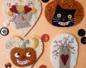 AUTUMN  WOOL  PINS E PATTERN halloween Black Cat Pumpkin berries jewelry brooch vintage like