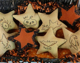 Haunted Halloween prim ornies Stitchery Pattern - primitive Pdf witch pillow boo pin keep cushion tuck embroidery