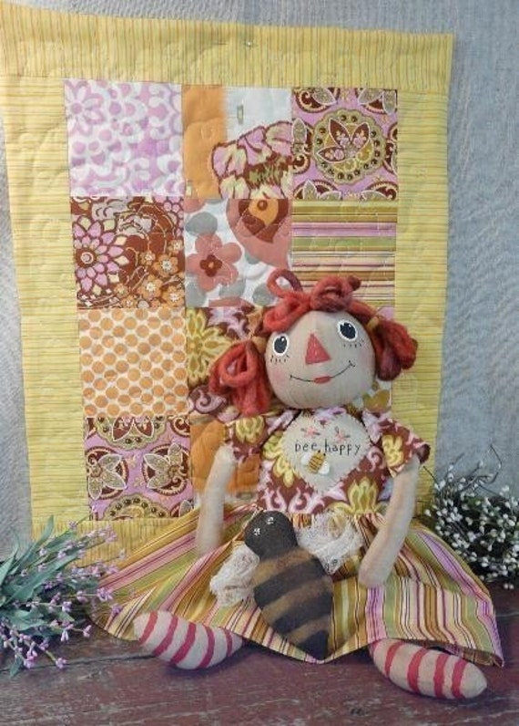 Bee Happy Raggedy Gal Quilt  Pattern - Doll amy butler fabric Pdf anne ann primitive prim