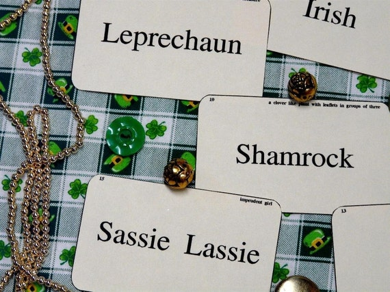 16 St. Patrick's Day Flash Cards - vintage like party blarney shamrock saint green irish scrapbooking digital uprint primitive