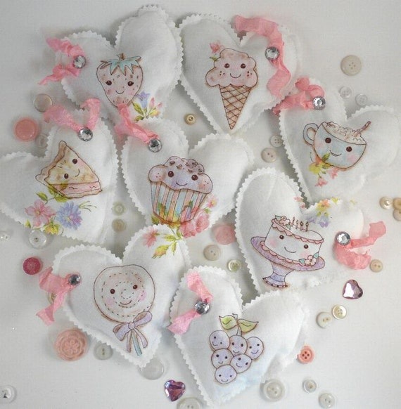 Sweet Treat Sachet faux stitchery pattern PDF - fabric pin keep cake cupcake strawberry pie coffee cushion shabby chic lavender seam binding