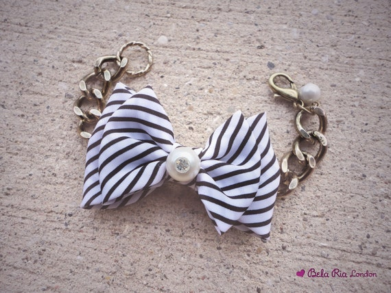 Black and White Bow Tie Bracelet