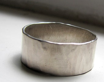 Rustic White Gold Wedding Ring For Men or Women