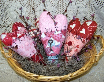 Set of 3 Primitive Raggedy Heart Ornies ET