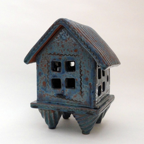 Prayer House / Spirit House (incense burner or for tea-light)