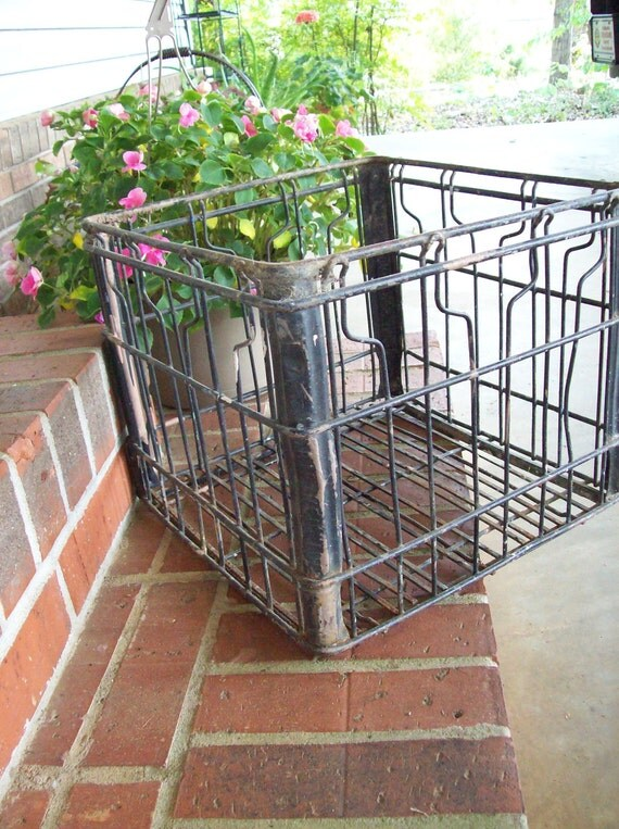 Vintage Wire Milk Crate Industrial Rustic Storage Stool Plant Stand French Farmhouse