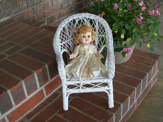 Chic Shabby Vintage Wicker Chair Doll Furniture Garden Decor Porch Furniture American Girl Doll