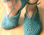 Slippers - PDFCrochet Pattern     for sizes  XS -  S  - M -  L