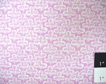 Kaffe Fassett GP73 Clover Lilac Cotton Fabric 1 Yard